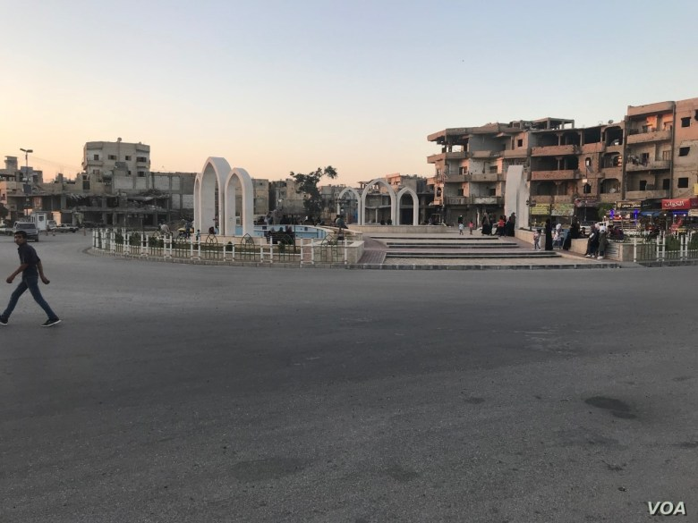 Al-Naeem Square in downtown Raqqa was turned by IS militants into a public execution ground, in Raqqa, Syria, July 20, 2019. (S. Kajjo/VOA)
