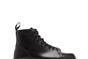 Mit diesem Dr Martens Sneaker in schwarz stecht ihr Sneaker-Liebhaber das Original mal ganz locker aus. Ein richtig geiler Herren Sneaker analog zu den echten Doc Martens Boots.