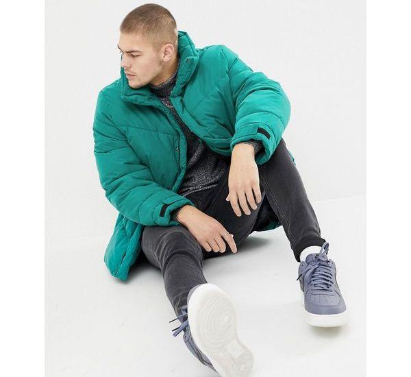 Coole Herren Daunenjacke in Übergröße. Perfekt für den Winter und der Fashion Trend für Männer.