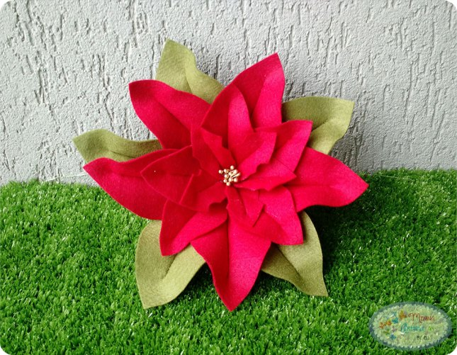 flor-de-feltro-de-natal