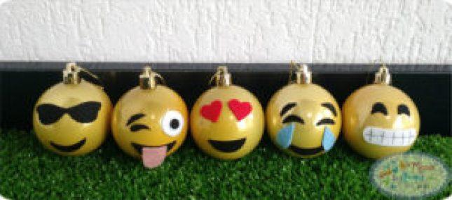 bolinhas-de-natal-emoji