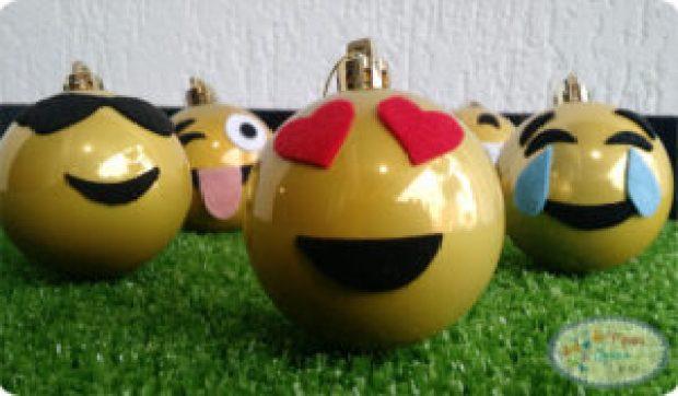 bolinhas-de-natal-emoji3