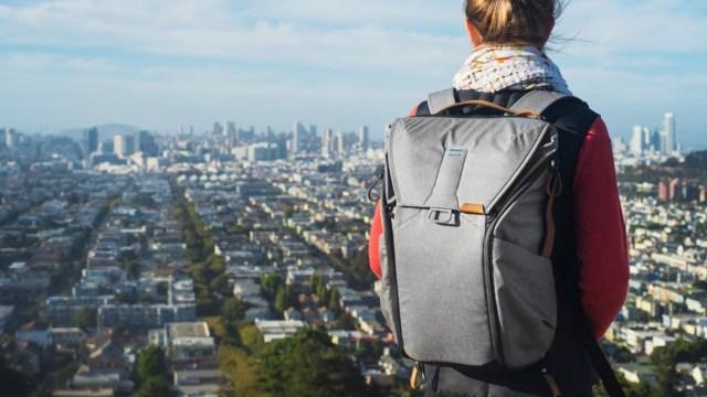 Peak Design Everyday Backpack 是不少攝影發燒友喜愛的品牌。