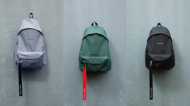 其餘配色中亦值得大推軍綠色,是品牌首個混合配色,以軍綠色袋身配上紅色吊帶,鼓勵用家自行作出各種配搭。各$449(SMT-22)及$499(SMT-28)