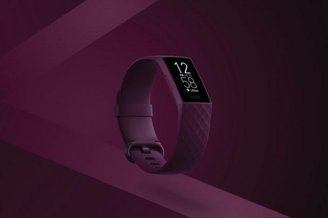 Fitbit Charge 4 設有黑色、玫瑰木和風暴藍、黑等多種顏色,並可更換各種新款配件手帶和顏色來自訂。定價HKD1,328