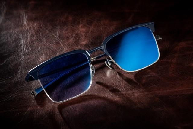 Masunaga Waldorf 配蔡司 Photofusion 水銀變色鏡已於 The New Black Optical 限量上架,定價港幣 4,680 元正,並可轉換成度數鏡片。