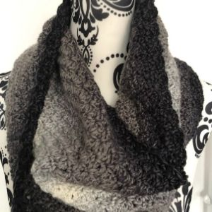 Blooming Cowl Pattern images