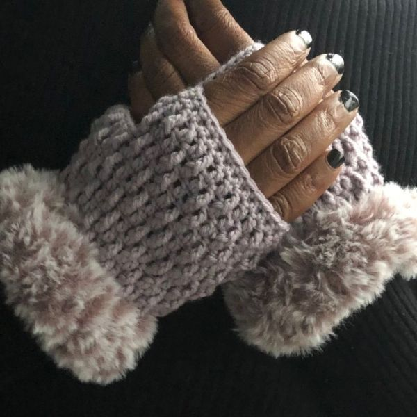 Marian Bay Mitts Pattern ad free pdf download