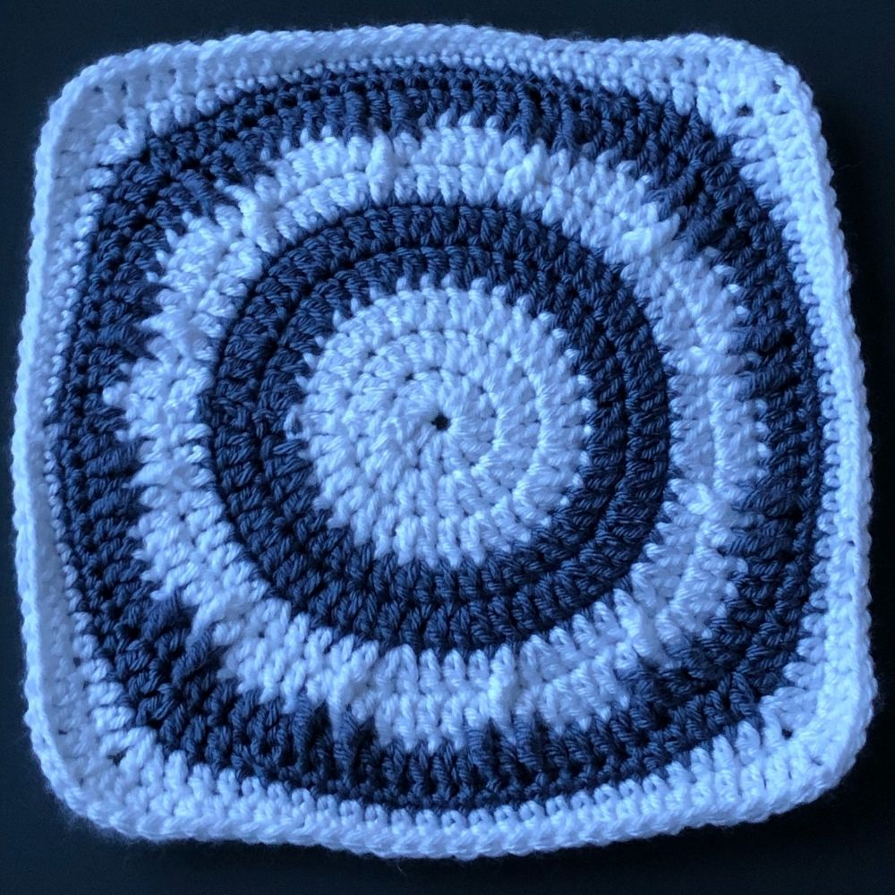 Free Solid Granny Square Pattern