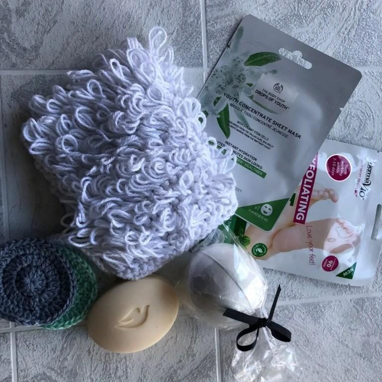 FREE crochet exfoliating scrubbie pattern – Loopy Marian Bay Mitt