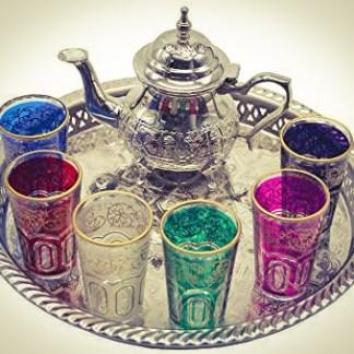 Théière et services de thé marocain