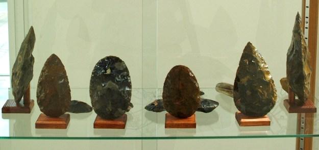 Håndkiler udstillet på museet