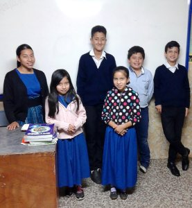 Roxana and her students.