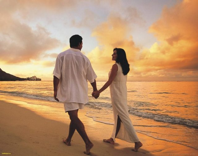 Love Couple Wallpaper Beach Ideas Coupl Image Of Love Couple
