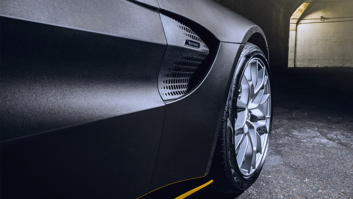 Q by Aston Martin – 007 Limited Editions geïnspireerd op 'No Time To Die'