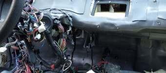 шумоизоляция моторного щита приора