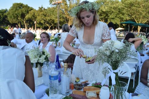 Diner en Blanc on the Memorial Meal Prep