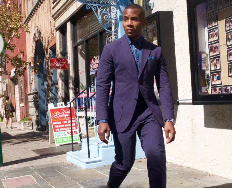 Sabir of Men's Style Pro wearing Knot Standard Blue Seersucker Suit