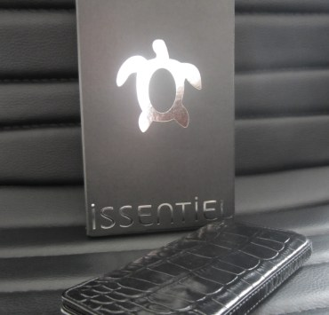 Croco-Black-Elegance-Issentiel-box