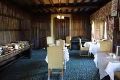 The Manor Country House Oxfordshire Gracie Opulanza Bentley Bentayga MenstyleFashion (39)