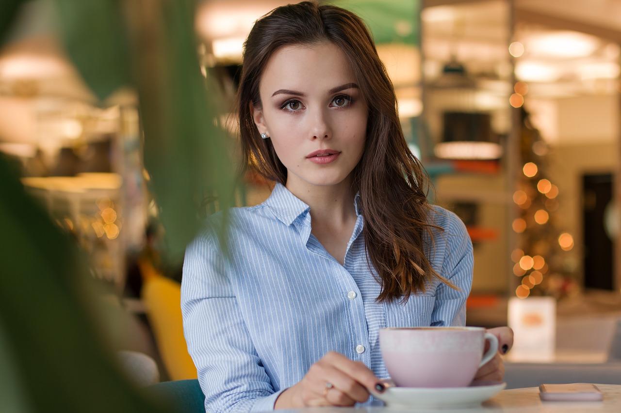 Warum Grüner Tee Dich abnehmen und besser lernen lässt….