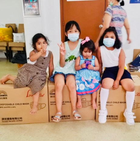 Mask Delivery by HKK to Refugee Union