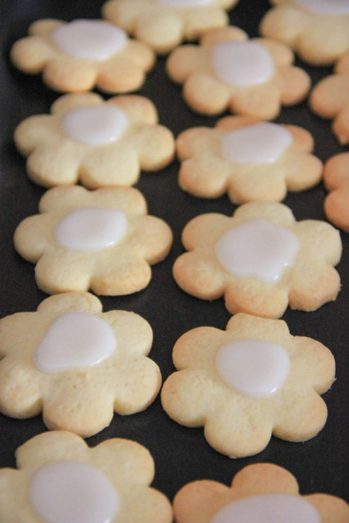 Biscotti di frolla con glassa