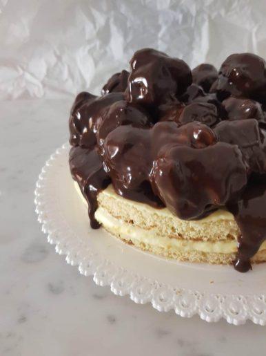 La ricetta della Torta profiteroles