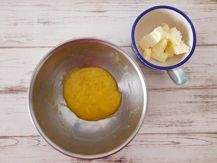 Lemon curd per delizia al limone
