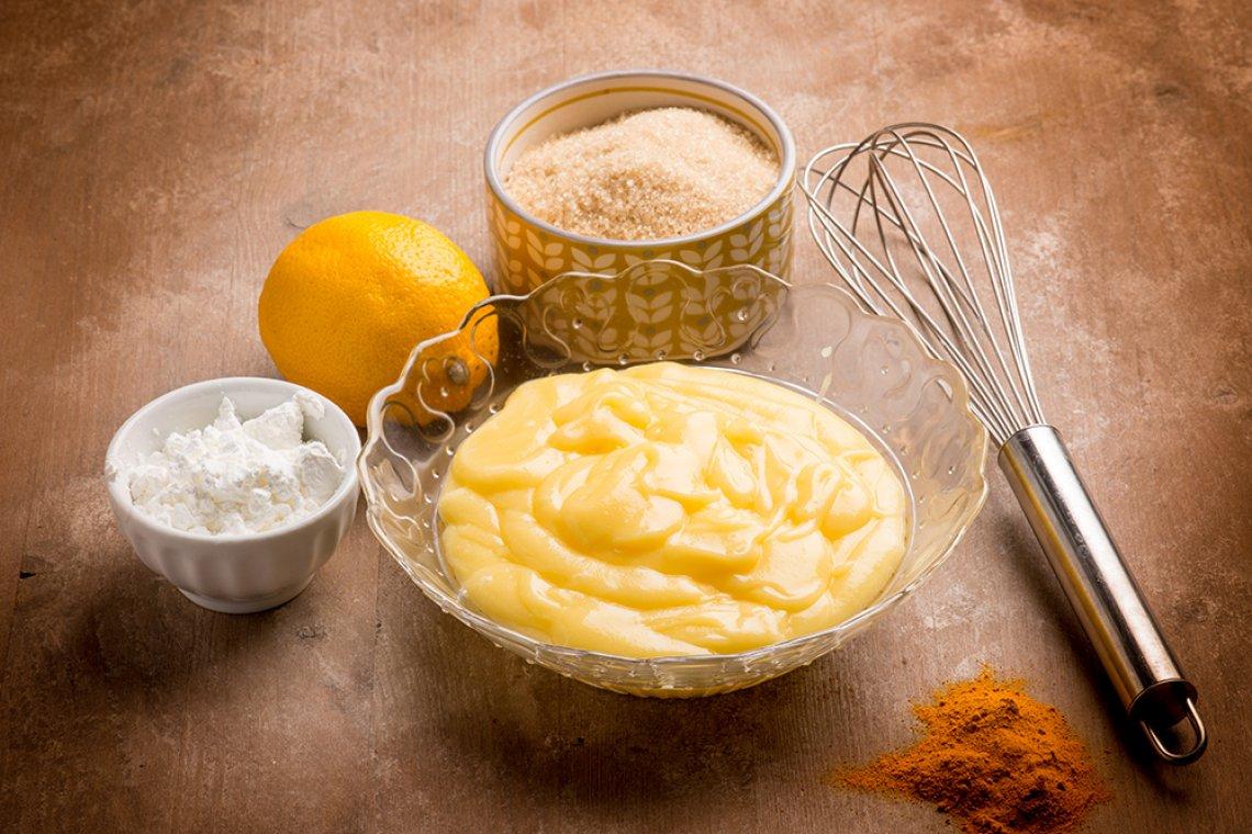 Crema pasticcera facile e veloce di Montersino - Mentecontorta