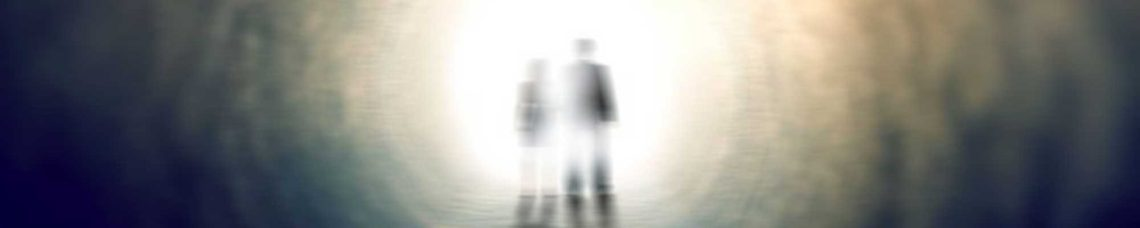 """Los médiums son personas que nacen con la capacidad de ser un transmisor de mensajes de otras """"existencias"""" u otros """"planos"""". Los mensajes y visiones se desordenan de tal forma, que recibimos información que no sabemos colocar, que no nos ayuda a entender su significado, y como poder manejar la conexión. La pauta principal, es entrenar la capacidad con un médium experto en entrenamiento personal. Mente psíquica te ofrece un servicio de personal trainer para médiums, donde a través de un fin de semana de convivencia con Mercé, entrenarás la capacidad, obteniendo los resultados deseados. Realizaremos prácticas, conviviremos en un ambiente adecuado para la formación, trabajaremos juntos desde la mañana hasta la noche. Aprenderéis a utilizar la capacidad en vuestro beneficio y para los demás. El entrenamiento no está sujeto a ningún tipo de creencia, dogma, ni religión. Nuestro cometido es enseñaros en estado puro."""
