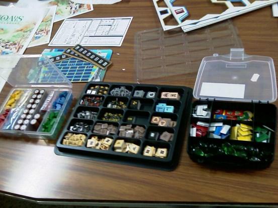 Las 3 cajas con los componentes