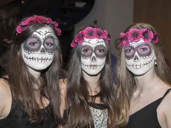 1 7 5 - 10 Creative Halloween Makeup Ideas from Best Horror Movies