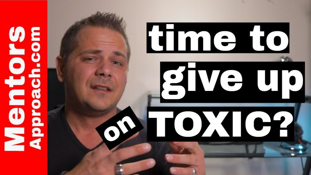 3 questions to ask if you are not giving up on that toxic person