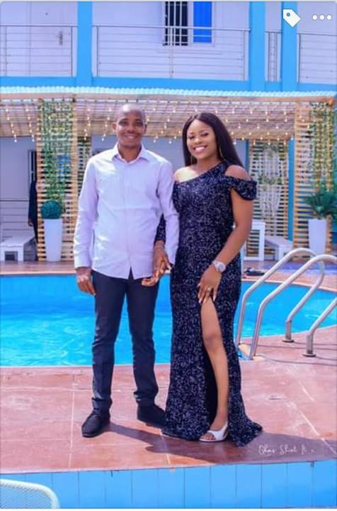 Lovers Dating Since 1999 Goes Viral - Photos