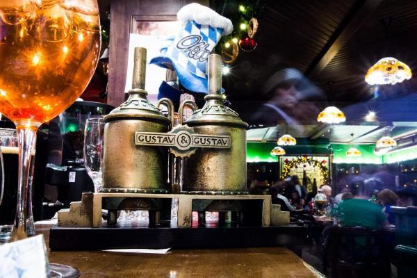 """Ресторан """"Густав и Густав"""" по адресу Дзержинского, 52 в ..."""