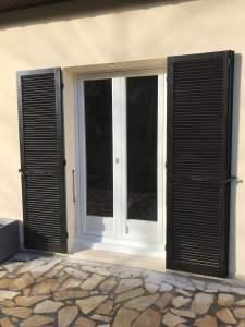 Porte fenêtre Pvc avec soubassement