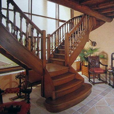 Escaliers en bois confectionné par nos soins