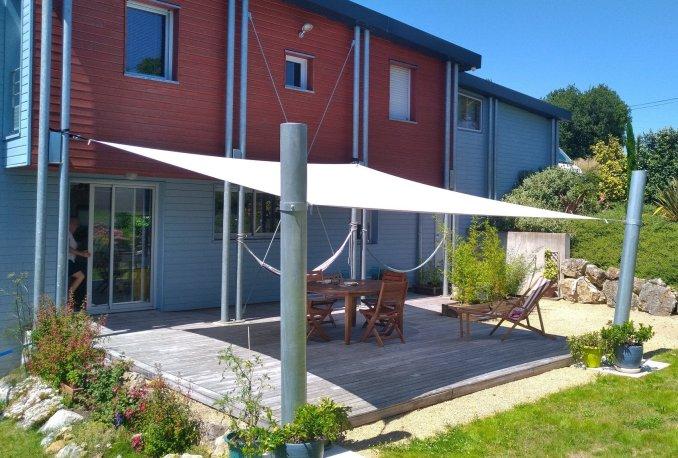 chantier de voile d'ombrage pour terrasse