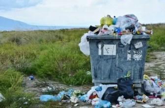 Arti Mimpi Membersihkan Sampah