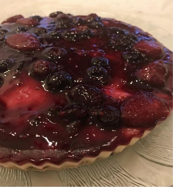 torta sem glúten e sem leite de frutas vermelhas