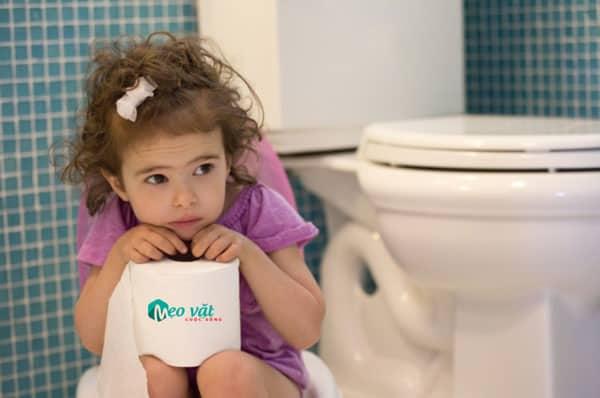 Bệnh táo bón thường gặp ở trẻ em