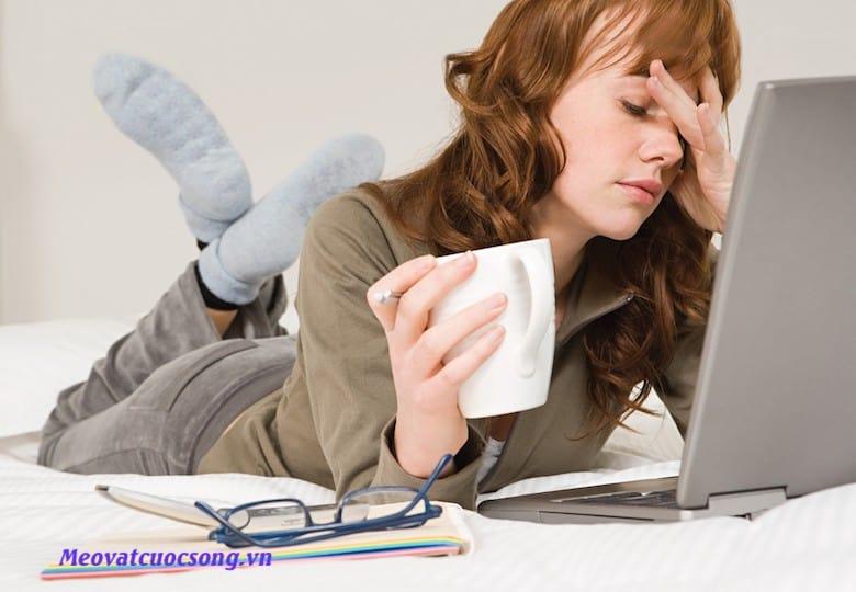 Mẹo giảm căng thẳng cho mắt