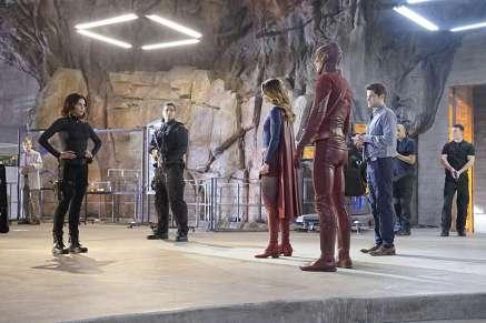 Supergirl-season-1-episode-18-Lucy-Supergirl-Flash-Winn