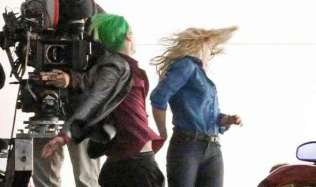 Jared-Leto-and-Margot-Robbie-filming-Suicide-Squad-578318[1]