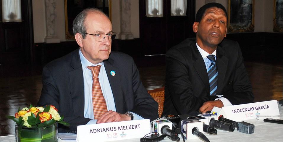 Inocencio García y Adrianus Melkert