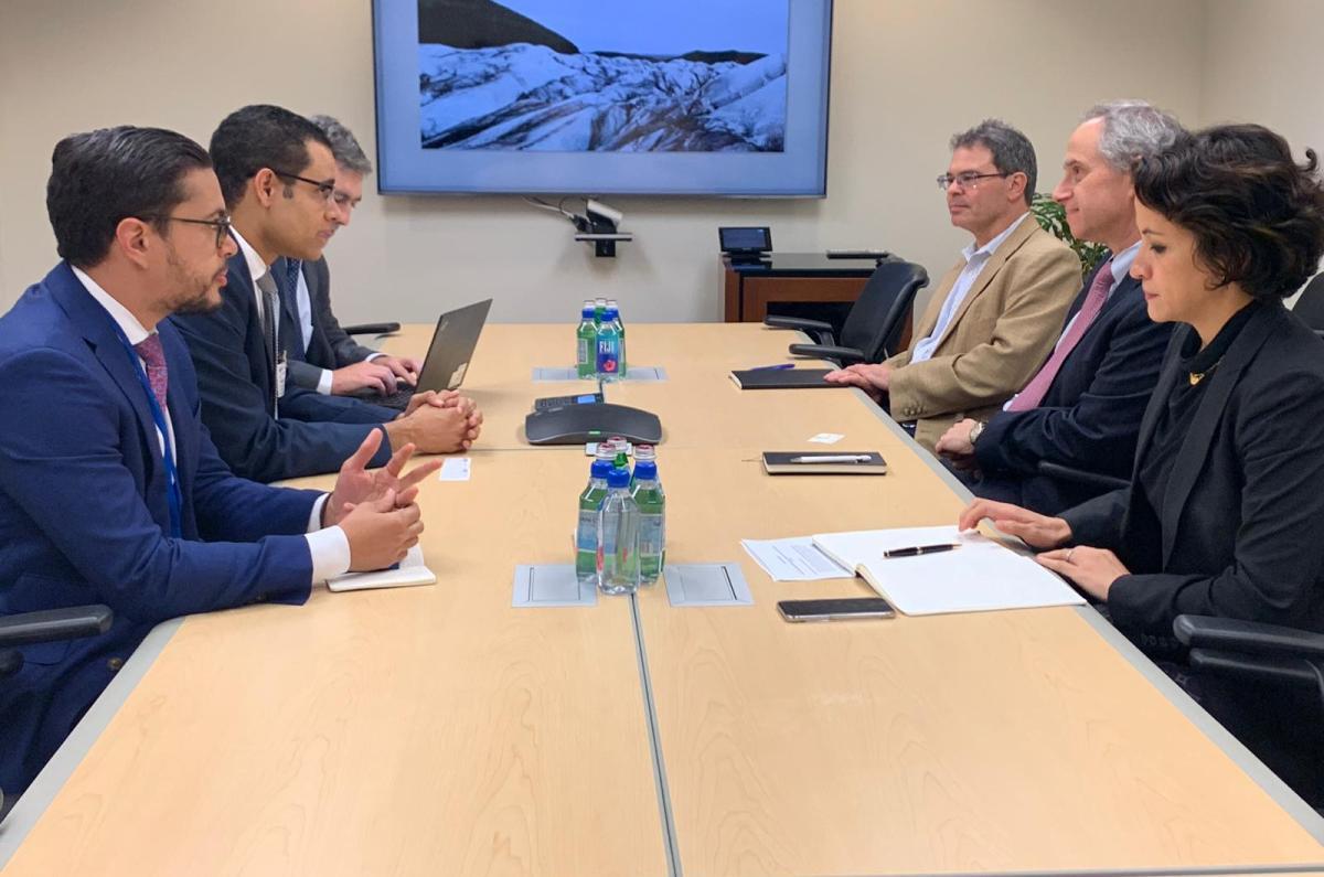 El ministro de Economía, Planificación y Desarrollo, Juan Ariel Jiménez, en las reuniones con los equipos técnicos y sectoriales de las áreas de infraestructura, mercados laborales, y de innovación en servicios ciudadanos.