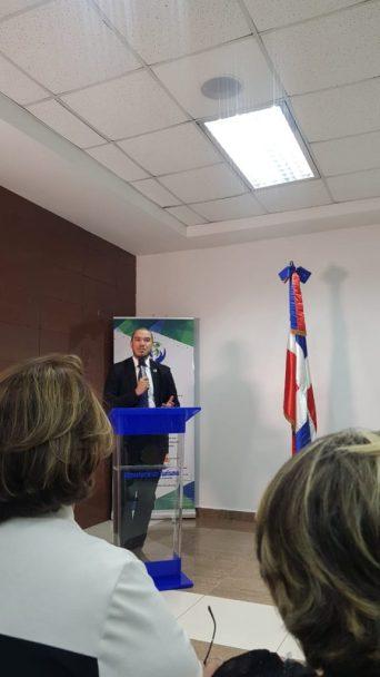 Iván Marcel Cruz, director general de Cooperación Bilateral del Ministerio de Economía, Planificación y Desarrollo.