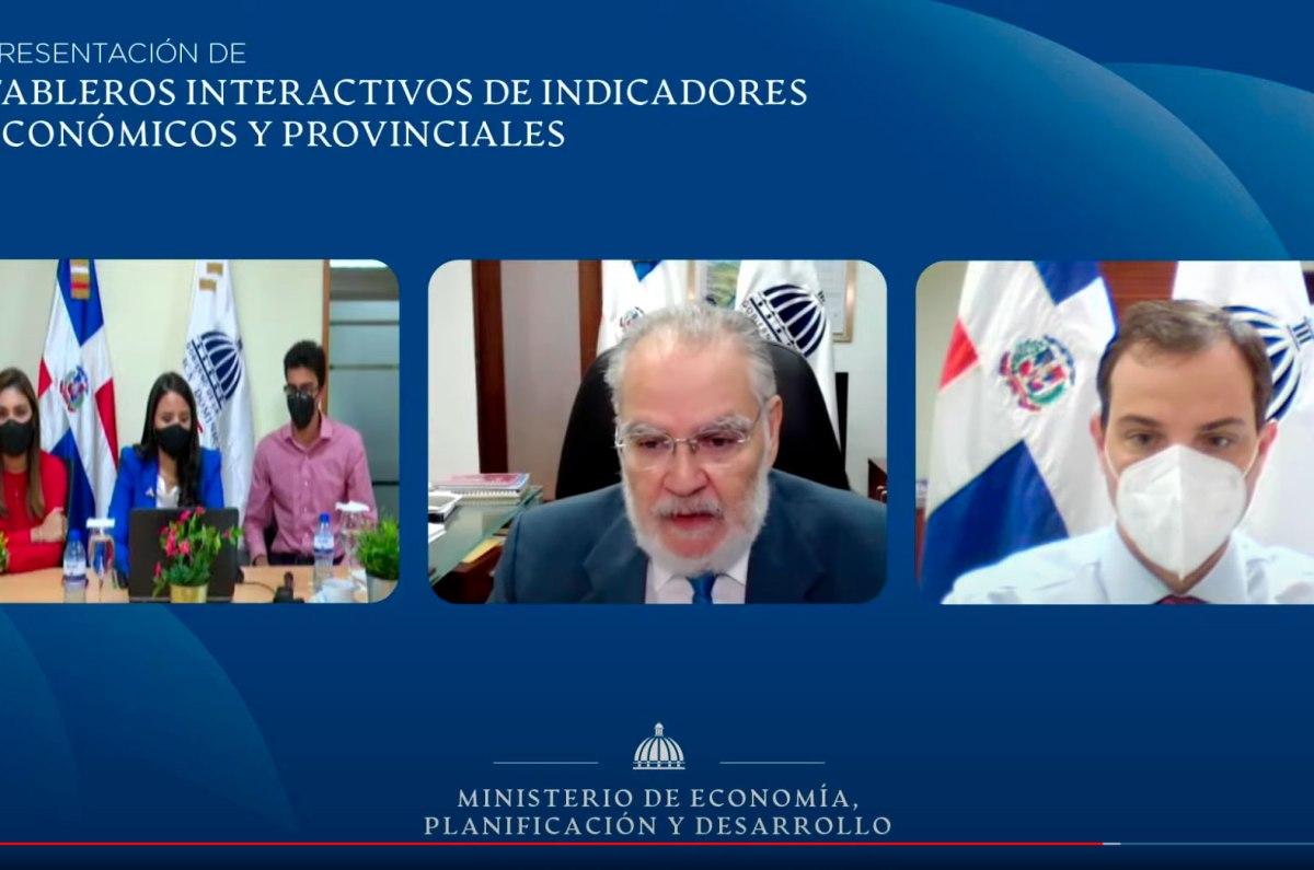 El ministro de Economía, Planificación y Desarrollo, Miguel Ceara Hatton, precisó que el tablero de datos contribuye a empoderar a la ciudadanía en el uso de los datos y fortalece la transparencia.