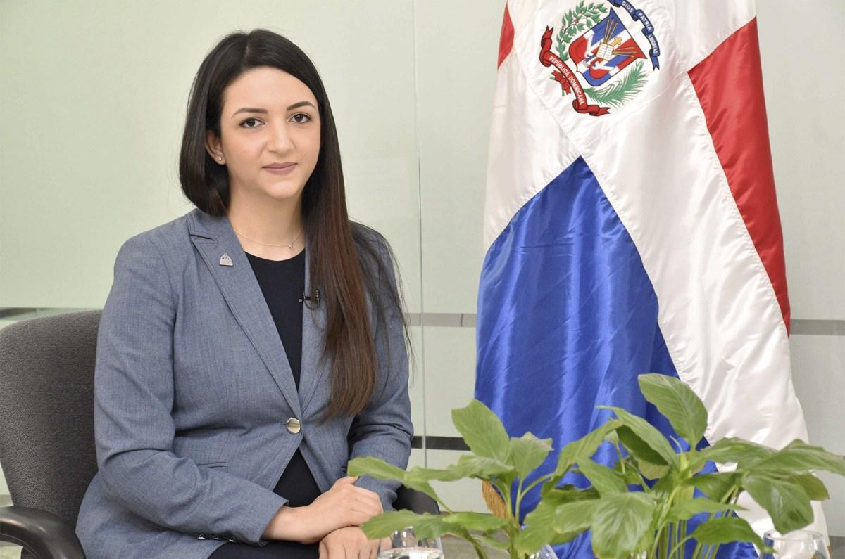 Evalina Gómez Paulino, directora de Análisis Económico Sectorial del Ministerio de Economía, Planificación y Desarrollo.